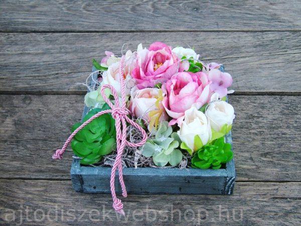 Selyemvirágos asztaldísz anyák napjára