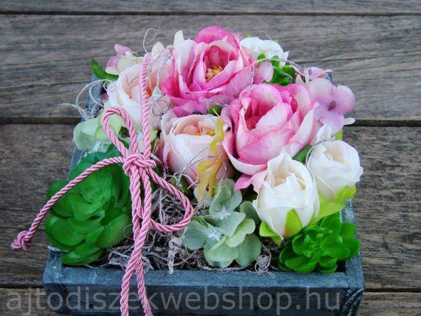 Selyemvirágos asztaldísz anyák napi ajándék