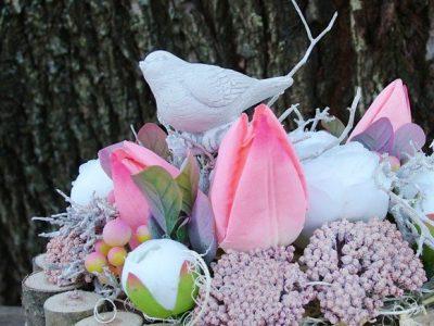 Tavaszi asztaldíszek
