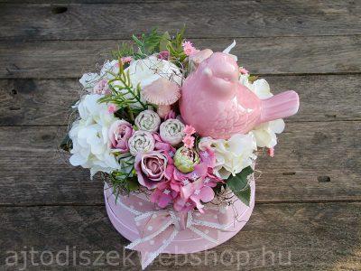 Virágdoboz ajándék ötlet nőknek